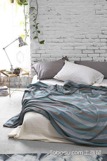 卧室白色背景墙简约风格装饰设计图片