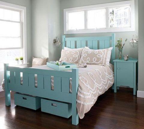 庄重蓝色卧室装潢效果图