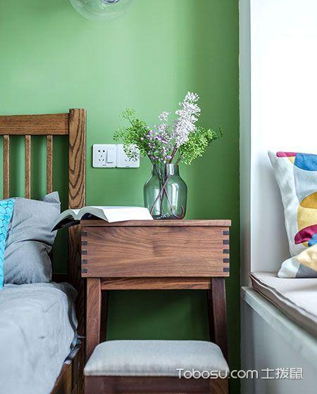 2018北欧卧室装修设计图片 2018北欧床头柜装修设计图片