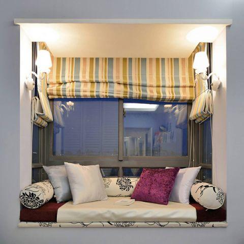 简欧卧室飘窗设计