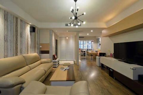 清新白色客厅装潢图片