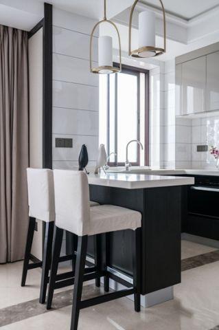 低调优雅厨房现代装潢图
