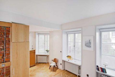小巧玲珑白色客厅装修效果图