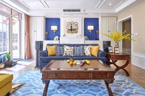 客厅原木色茶几装饰图片