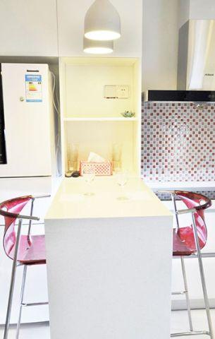 厨房白色吧台设计方案