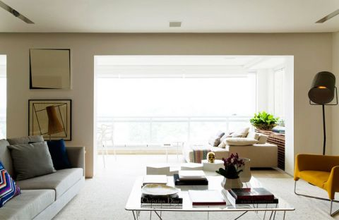 清爽灰色客厅装潢图片