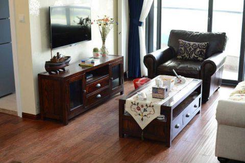 美式客厅电视柜装饰图片