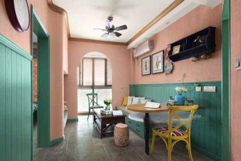 混搭客厅背景墙装饰设计图片