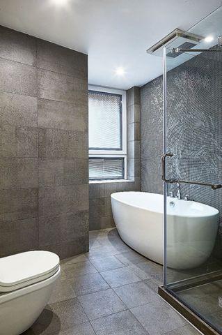 华丽浴缸装饰实景图