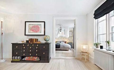 卧室储物柜地砖混搭装潢设计图片