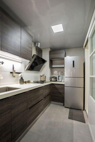 清新厨房现代简约装潢实景图