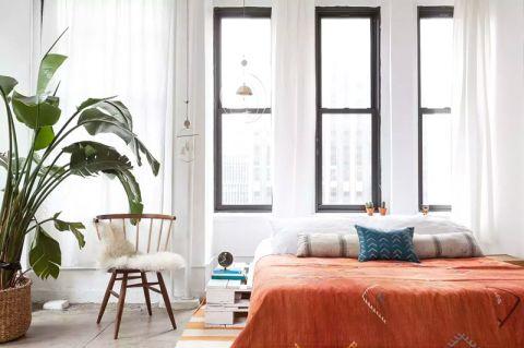 卧室背景墙现代家装设计