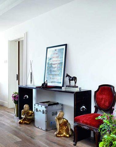 华丽白色背景墙装修案例图片