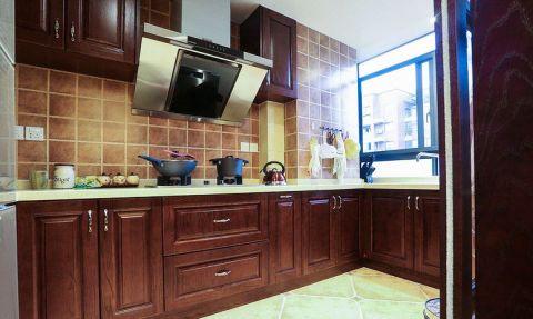 美式厨房实木橱柜案例图片