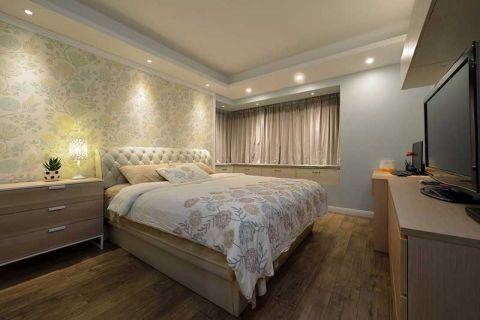 卧室白色床装修方案