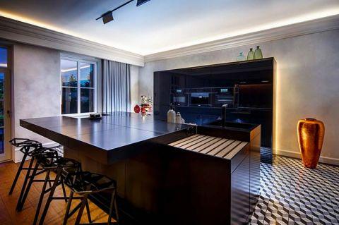简洁黑色厨房装修实景图片