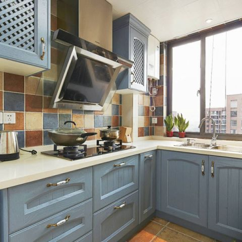 厨房橱柜美式装饰设计