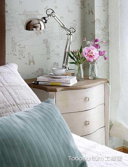 2019现代卧室装修设计图片 2019现代床头柜装修设计图片