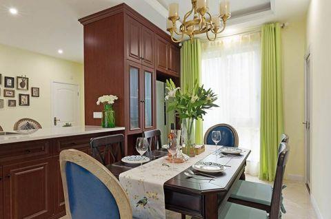 美式餐厅餐边柜窗帘装修案例图片