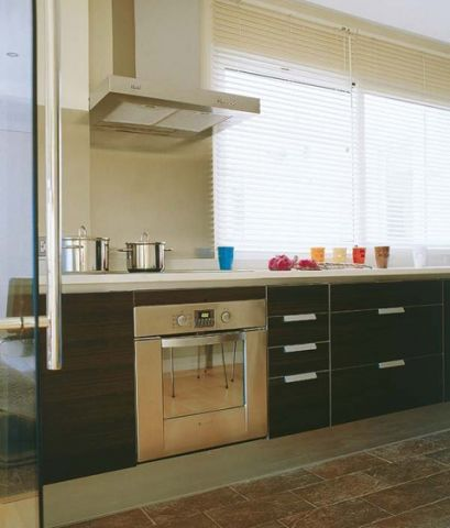 休闲厨房现代简约室内装修设计