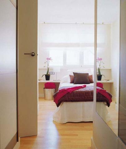 卧室白色床装修效果图大全