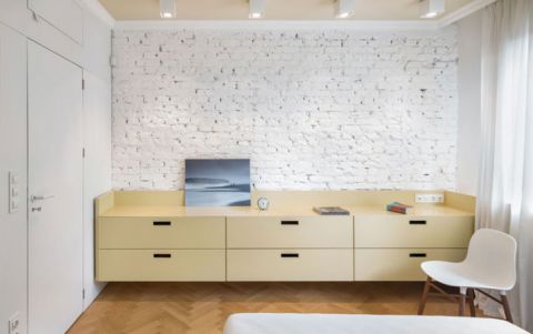 卧室储物柜白色背景墙平面图