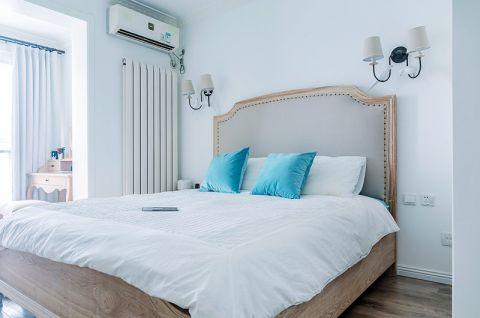 沉稳卧室床头壁灯背景墙设计