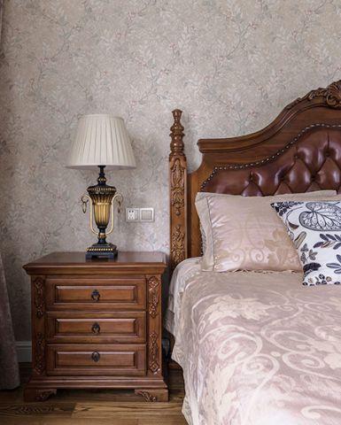 2019中式古典卧室装修设计图片 2019中式古典床头柜装修设计图片
