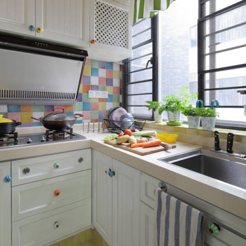 富丽厨房橱柜室内装修设计