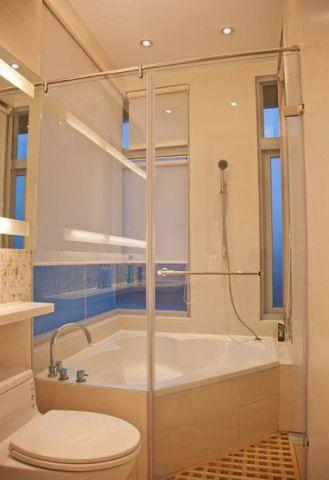 质朴白色浴缸装潢图