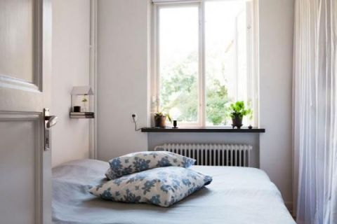 卧室背景墙宜家装饰图