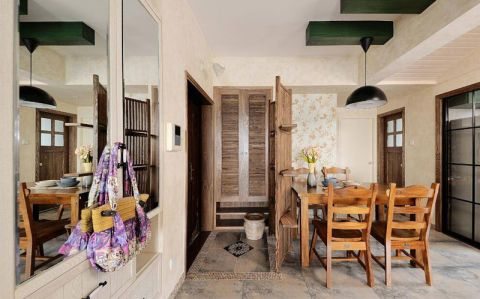 餐厅原木色餐桌装潢实景图片