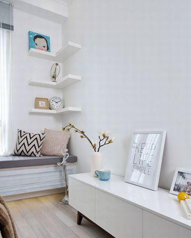 精雕细刻白色卧室装修设计图片