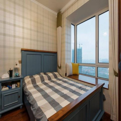 设计优雅美式蓝色平板床室内效果图