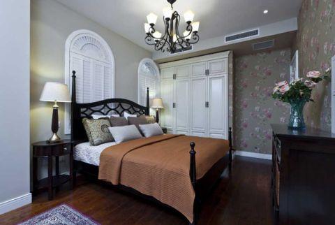 美式卧室床装修美图