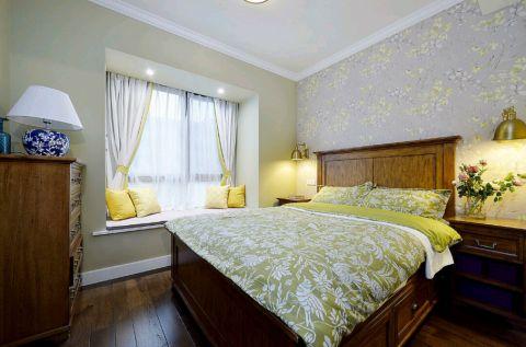卧室床美式装修效果图欣赏