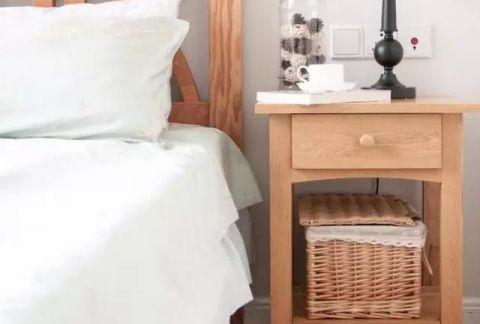 2019现代中式卧室装修设计图片 2019现代中式床头柜装修设计图片
