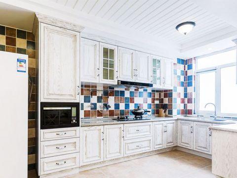 华丽厨房吊顶装修美图