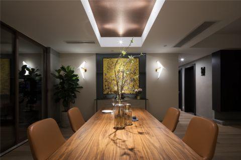 朴素温馨餐厅餐桌装修实景图片