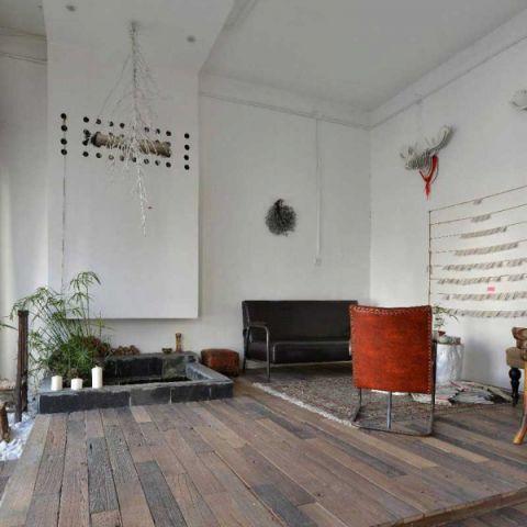 客厅白色吊顶装饰设计图片