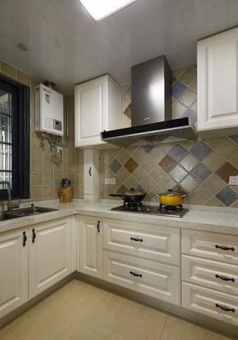 低调优雅厨房橱柜装潢图片