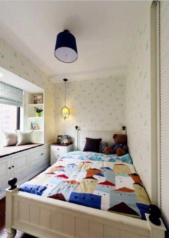 眩亮白色卧室设计