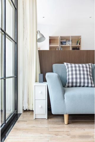 美好灰色沙发装饰设计图片