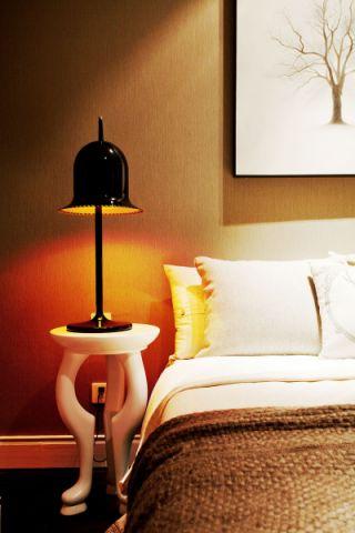 休闲灰色卧室装潢实景图片