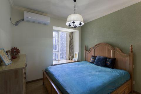 豪华卧室床实景图