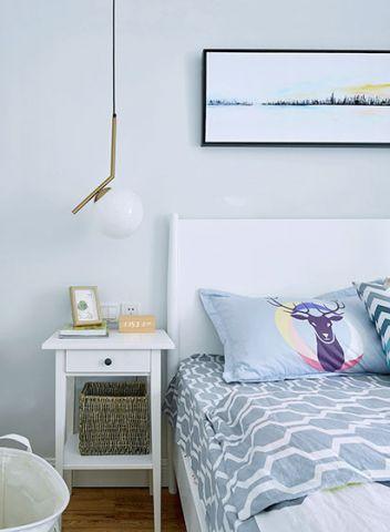 卧室床北欧装潢实景图片
