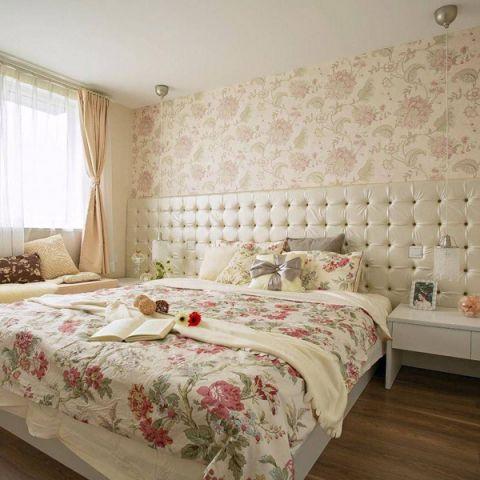 干净卧室装饰图片