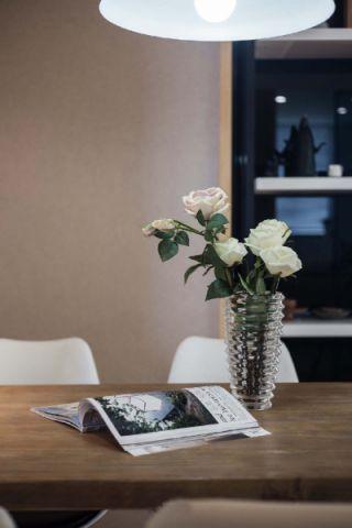 2019简约餐厅效果图 2019简约餐桌装修图片