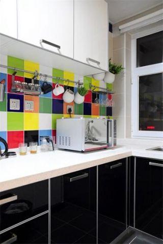 朴素温馨橱柜装潢设计图片