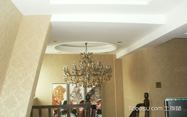 楼梯口壁灯